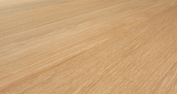 Qualiflor Collection Francesca Signature Brushed Oak